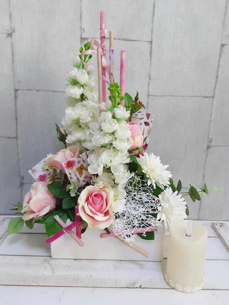 Centro de flores artificiales para nicho del cementerio