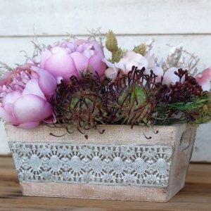 """Caja de madera con flores artificiales """"Peonia"""""""