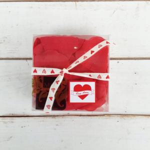 Pétalos de rosa artificiales para decoraciones románticas