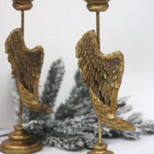 candelabros dorados
