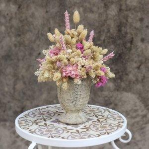 centro de flores decorativas