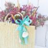cesta con flores secas