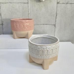 Maceta de cerámica en colores naturales para una decoración natural
