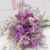 Ramo de flores silvestres naturales que se pueden secar en casa