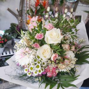 Ramo variado de flores frescas Carol