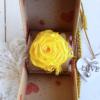 Rosa eterna amarilla en caja sorpresa