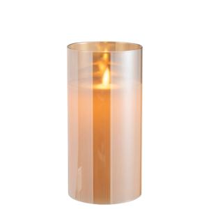 vela eléctrica encendida con llama parpadeante