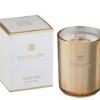 Vela elegante en vaso dorado perfumada y perfecta para decorar